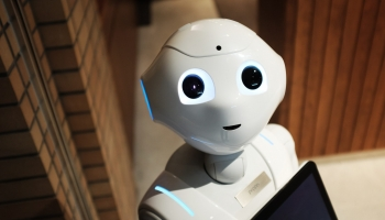 Essential Artificial Intelligence Statistics to Keep an Eye on in 2020